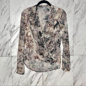 3/$60 EUC H&M Floral Faux Wrap Blouse SZ 2